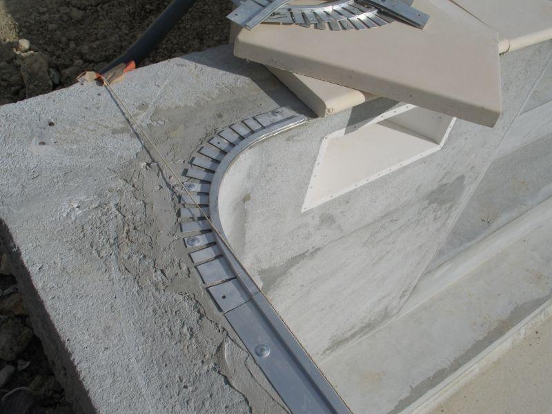 Construire sa piscine 2009 d cembre for Rail pour liner piscine
